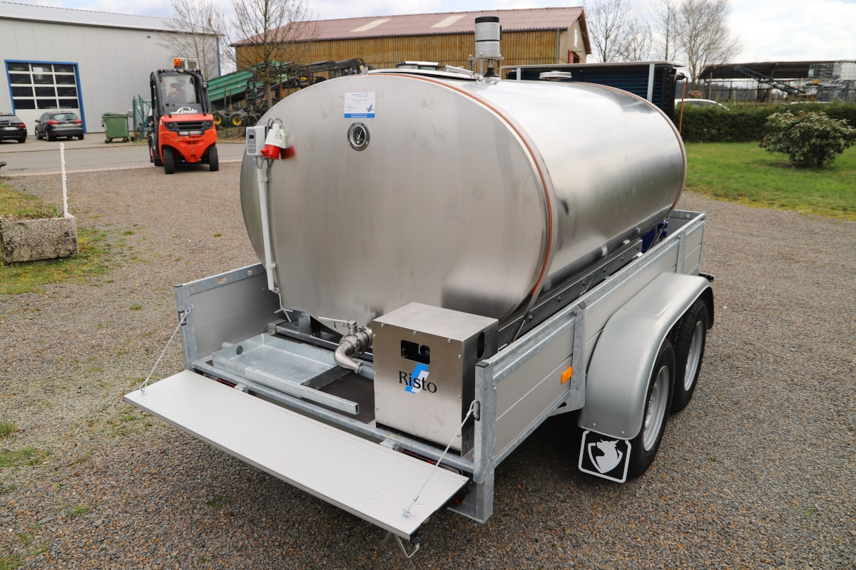 Mobile Bulk Milk Tank with Trailer