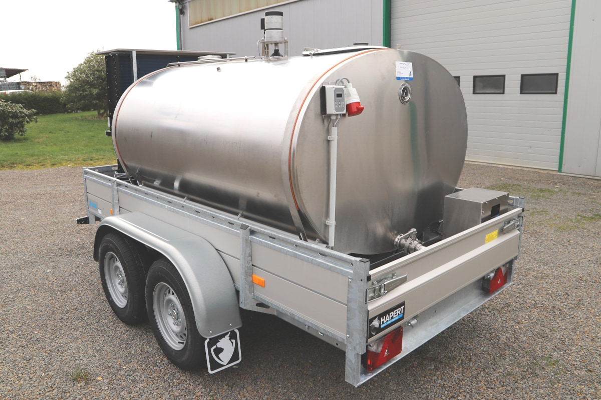 Mobile Milk Tank with Hapert Trailer